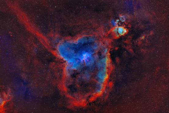 IC 1805 心脏星云